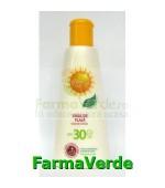 PACHET DE VARA!! Emulsie plaja SPF30 200ml Gerovital Sun Farmec